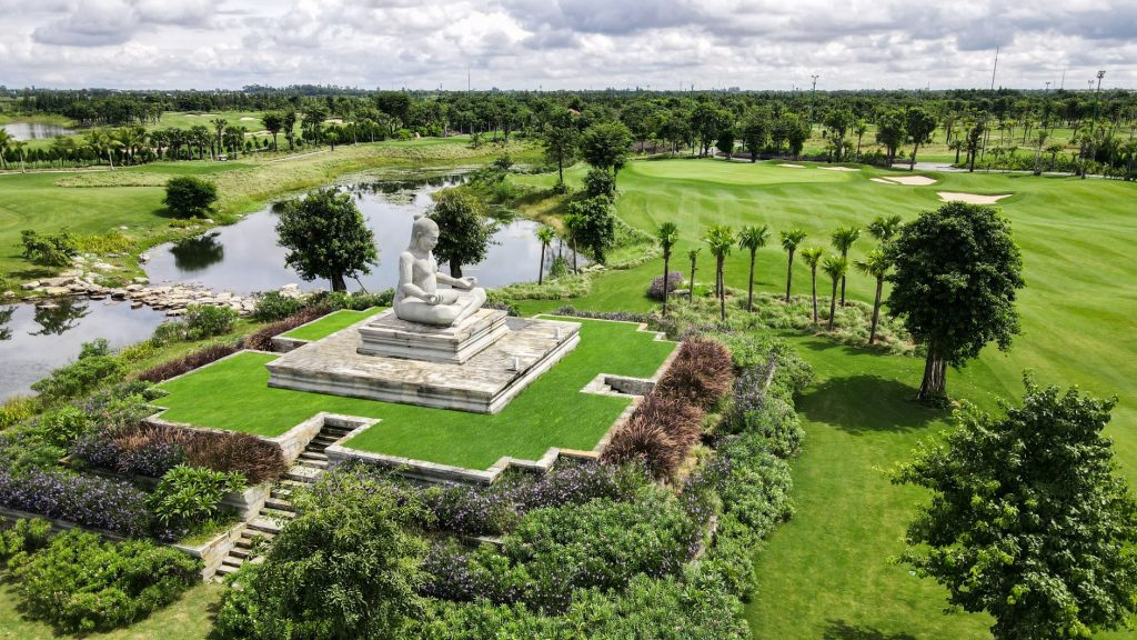 King Jayavarman VII - Vattanac Golf Resort - West Course